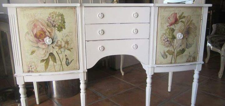 The technique of decoupage on furniture